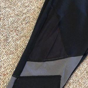 Sweaty Betty Pants - Sweaty Betty 3/4 Length reversible Leggings